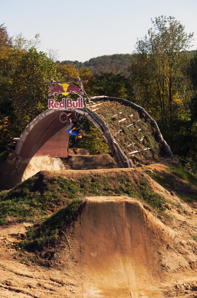 "Mike ""Hucker"" Clark rides the loop at Red Bull Trail Loop, in Fogelsville, PA, USA, on 15 October, 2013."