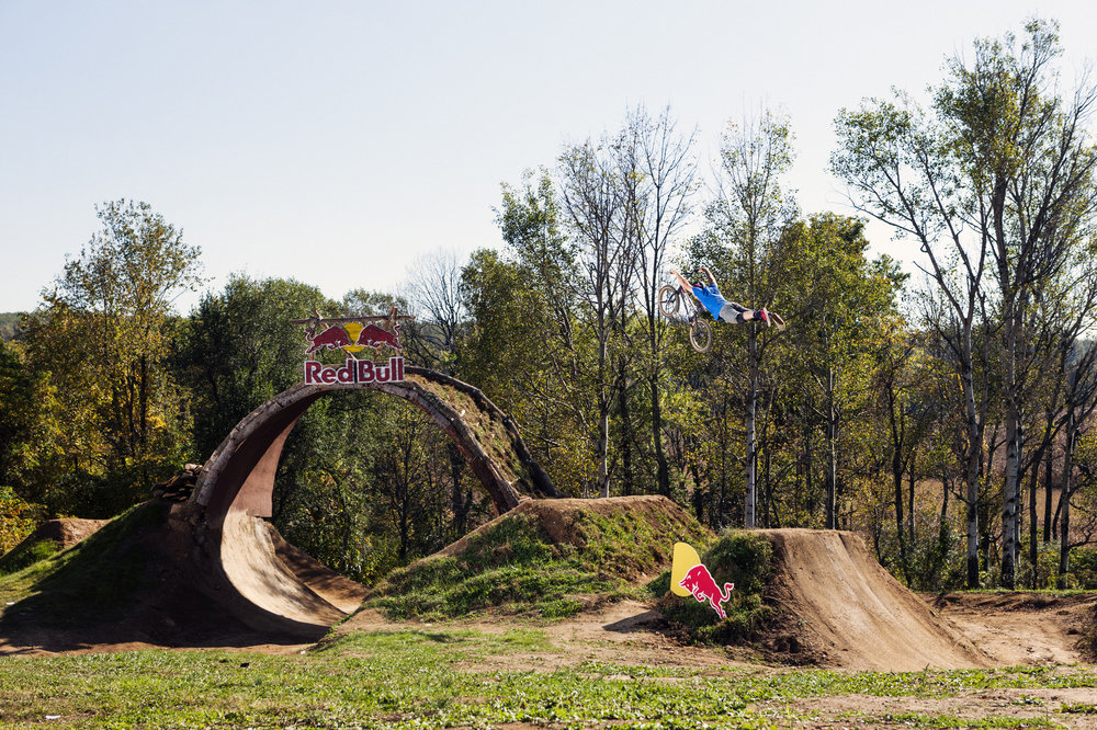 "Mike ""Hucker"" Clark rides the trail at Red Bull Trail Loop, in Fogelsville, PA, USA, on 15 October, 2013."